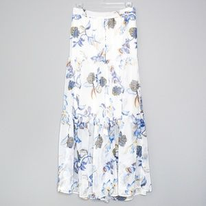 White House Black Market Skirt Floral Small D2